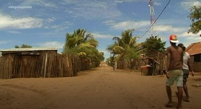 ΜΕΣΗΜΒΡΙΝΟ ΔΕΛΤΙΟ ΕΙΔΗΣΕΩΝ: Κλιματική αλλαγή: Άνθρωποι στη Μαδαγασκάρη στα  πρόθυρα λιμοκτονίας   MEGATV.COM